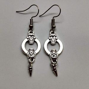 5/$20 Skull Circle Dangles Earrings Halloween